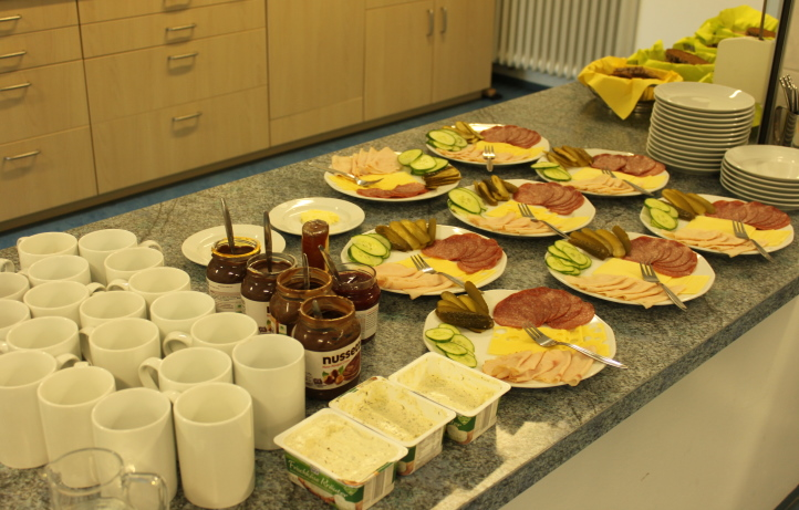 Schulfrühstück_2.JPG